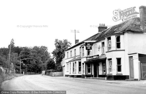 Photo of Weyhill, The Star Inn c.1950