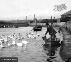 Weymouth, Feeding The Swans 1890