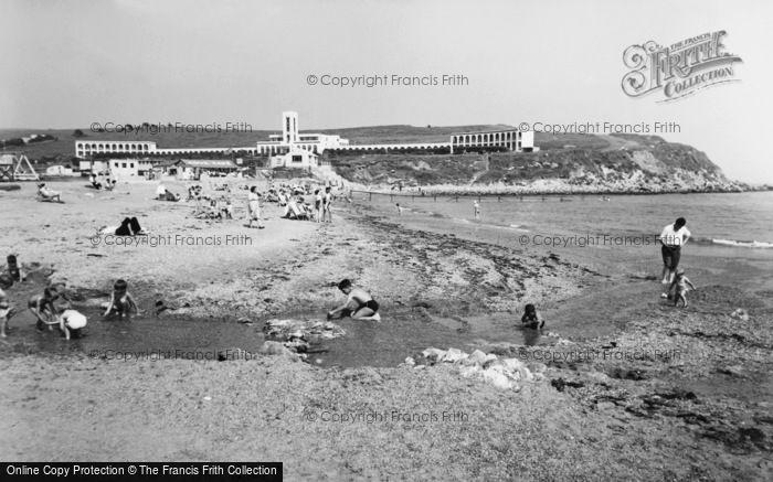 Photo of Weymouth, Riviera Hotel, Bowleaze Cove c.1955