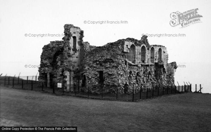 Photo of Weymouth, Sandsfoot Castle 1959