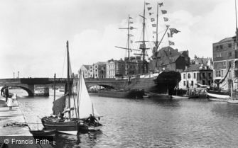 Weymouth, the Harbour 1904