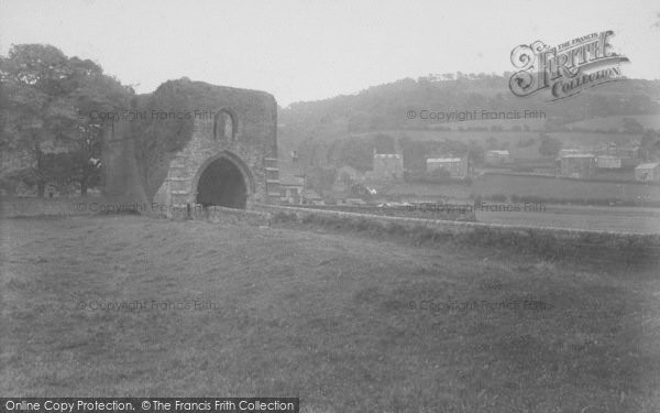 Photo of Whalley, The Abbey, Western Gateway 1914