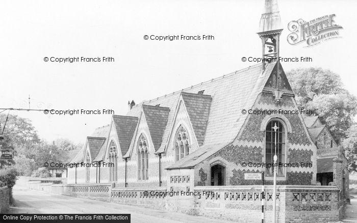 Photo of Wheathampstead, St Helen's Church School c.1960