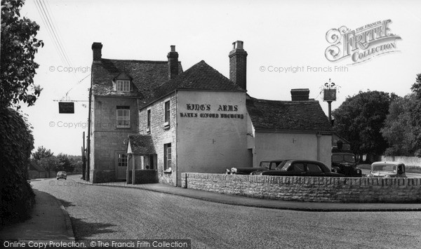 Photo of Wheatley, The Kings Arms c.1955