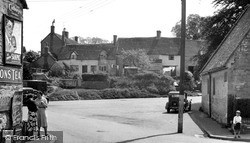 The Village c.1955, Wheatley