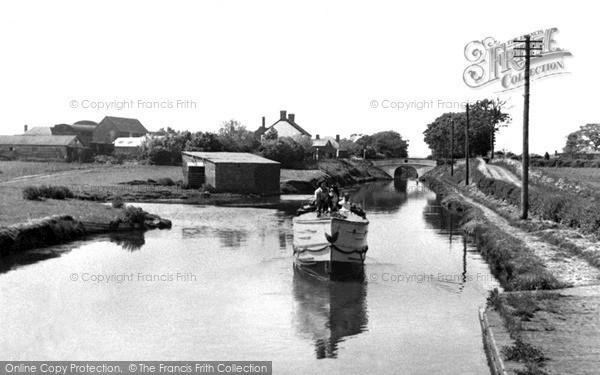 Photo of Wheaton Aston, The Canal 1952