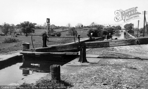 Photo of Wheaton Aston, The Lock c.1952