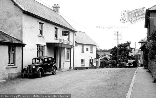 Photo of Wheddon Cross, Rest And Be Thankful Hotel c.1950