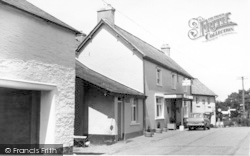 Rest And Be Thankful Hotel c.1965, Wheddon Cross