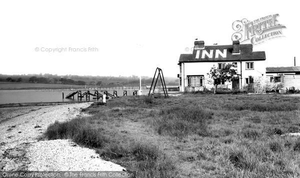 Photo of Whippingham, The Folly Inn c.1955