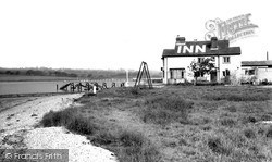 The Folly Inn c.1955, Whippingham
