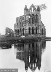 Whitby, Abbey 1897