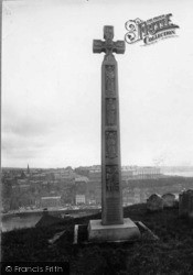 Whitby, Caedman Cross 1930
