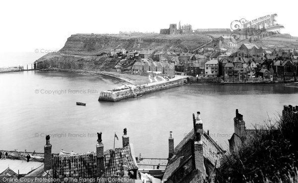 Photo of Whitby, East Cliff 1932