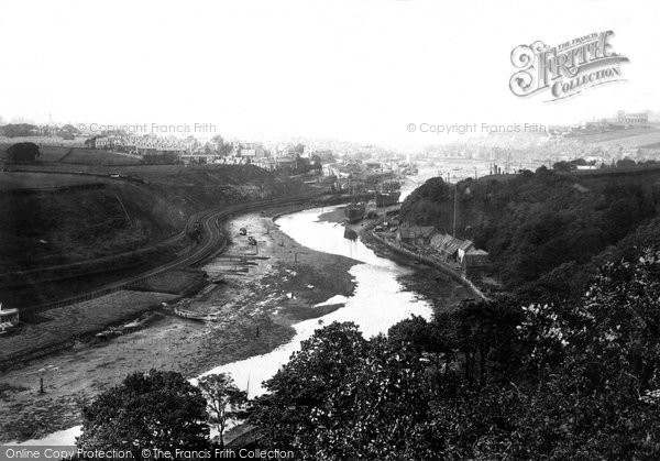 Photo of Whitby, From Lar Pool 1885