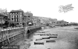 Whitby, Harbour 1901