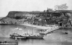 Whitby, Paddle Steamer Ps Triton, East Cliff 1901