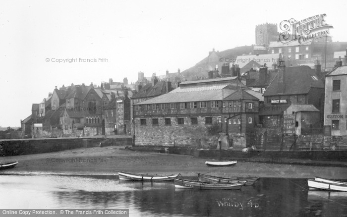 Photo of Whitby, The Old Town 1930