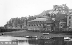Whitby, The Old Town 1930