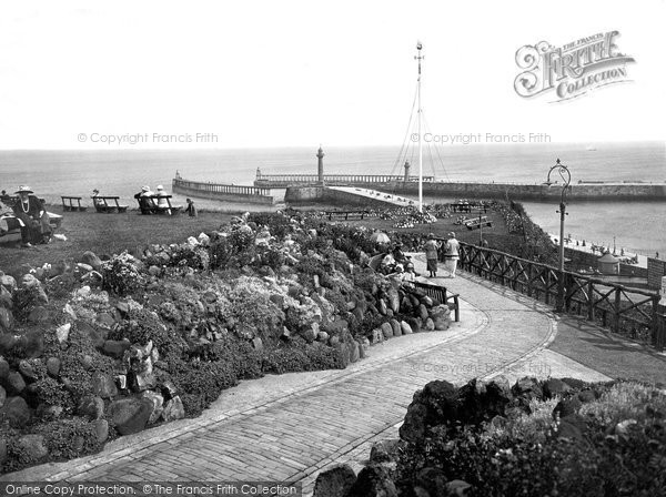 Photo of Whitby, The Two Piers 1923