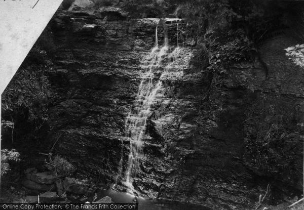Photo of Whitby, Tom Kell's Hole c.1885