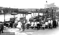 Whitby, Watching The Fishing Fleet c.1960