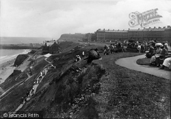 Whitby, West Cliff 1913