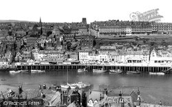 Whitby, West Cliff c.1960