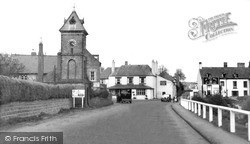 Cross Roads c.1955, Whitchurch