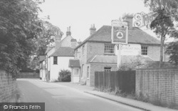 Whitchurch, Ferry Boat Inn c.1960, Whitchurch-on-Thames