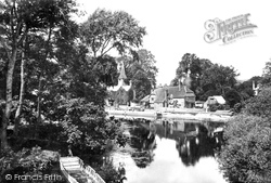 Whitchurch, From Pangbourne 1890, Whitchurch-on-Thames