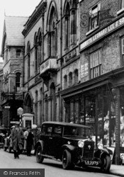 Whitchurch, High Street c.1950