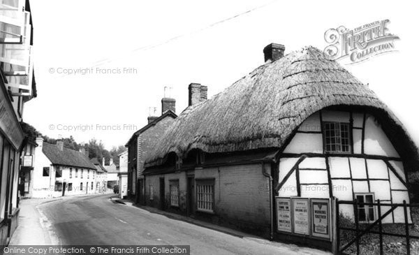 Photo of Whitchurch, London Street c.1960