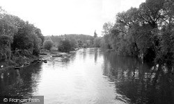 Whitchurch, The River From The Bridge c.1960, Whitchurch-on-Thames
