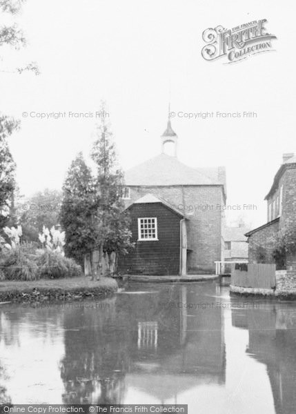 Photo of Whitchurch, The Silk Mill c.1939