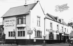 Whitchurch, The Swan Hotel c.1955