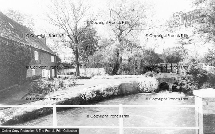Photo of Whitchurch, The Weir c.1960