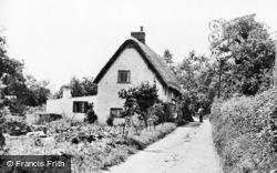 Whitchurch, The Weir Footpath c.1955