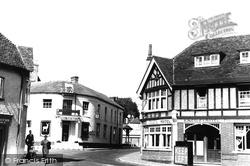 Whitchurch, White Hart Corner 1939
