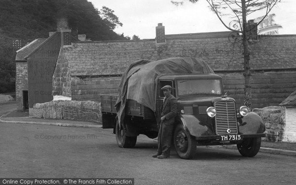 Whitemill, Lorry in the Village 1936