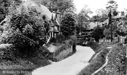 The Village c.1955, Whiteleaf