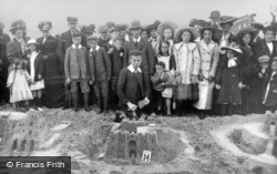 Sandcastle Competion 1908, Whitley Bay