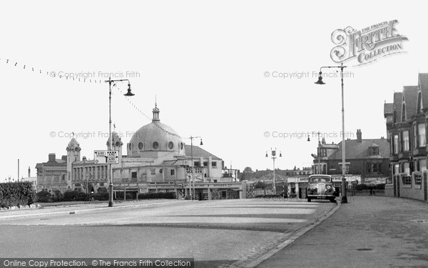 Whitley Bay photo
