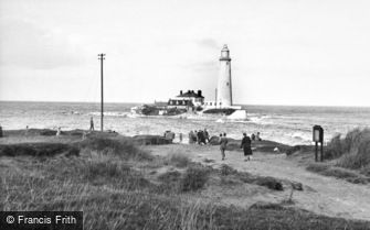 Whitley Bay, St Mary's Island and Lighthouse c1955
