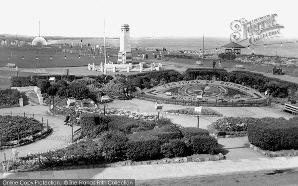 Photo of Whitley Bay, view of the Links c1951
