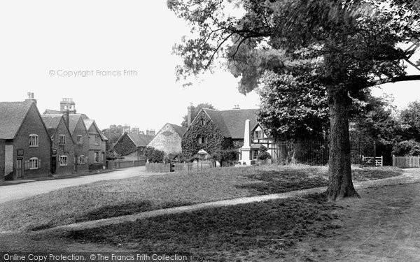 Photo of Whitnash, Village 1922
