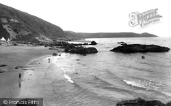 The Beach 1930, Whitsand Bay