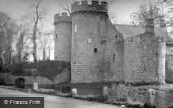 The Castle c.1952, Whittington