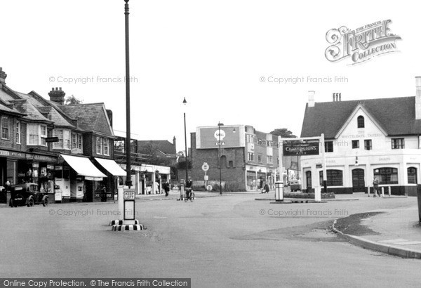 Photo of Whyteleafe, The Square c.1950