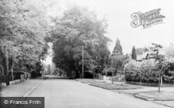 Whyteleafe Road c.1960, Whyteleafe